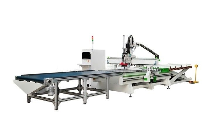 Auto Feeding Processing Center Woodworking CNC Machine For Panel Furniture